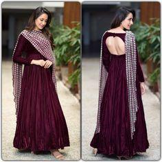 Look No Less Than a Mughal Princess With Long Anarkali Suits
